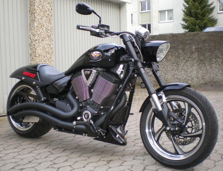 Victory MotorCycles Hammer 8-Ball