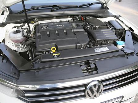 Volkswagen Passat Engine & Transmission
