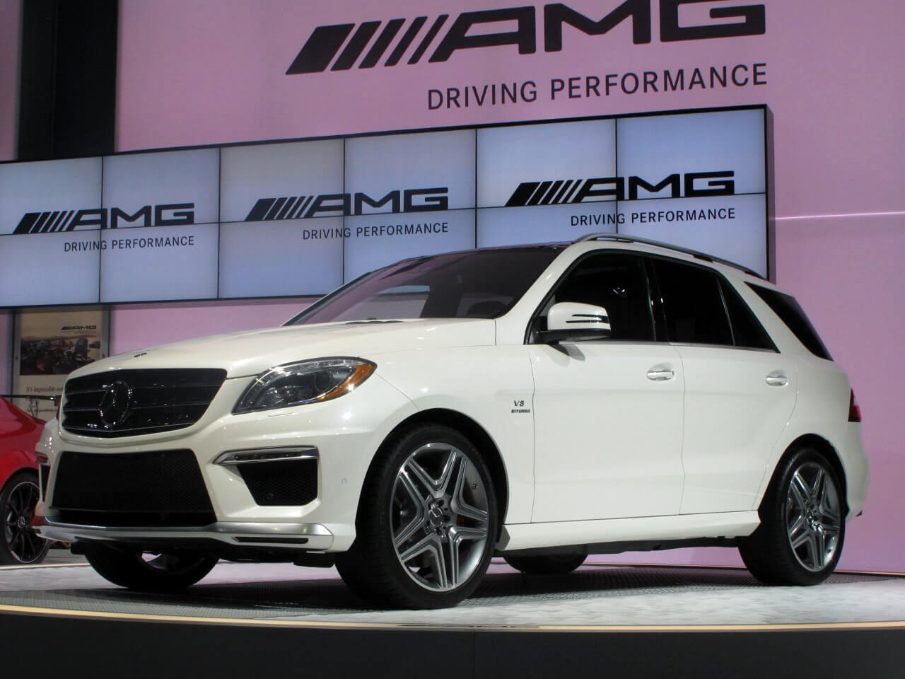 Mercedes Benz Ml63 Amg 2017 2016 Price In India Images Specs Mileage Autoportal
