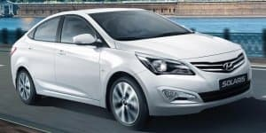 New Hyundai Verna Spied Completely Undisguised; Launch by March 2015