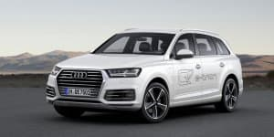 Video - Audi Q7 e-tron Hybrid revealed at Geneva