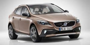 Volvo V40 Cross Country Petrol Launching on April 20 in India