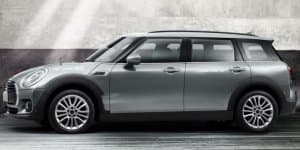 MINI unveils all-new Clubman