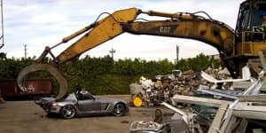 Video - Mercedes SLS AMG being crushed