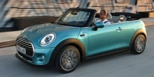 MINI finally reveals 2016 Cooper Convertible lineup