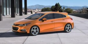 2017 Chevrolet Cruze Hatchback Revealed