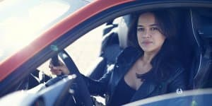 Video - Michelle Rodriguez marked 201 mph in Jaguar F-Type SVR