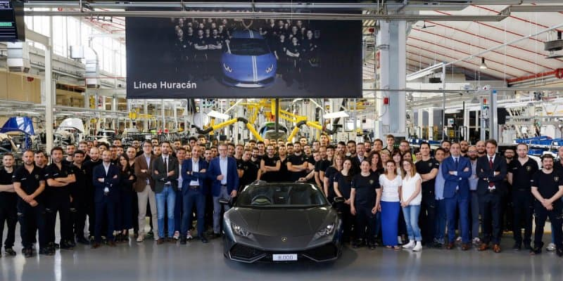 Lamborghini rolls out 8,000th unit of Huracan