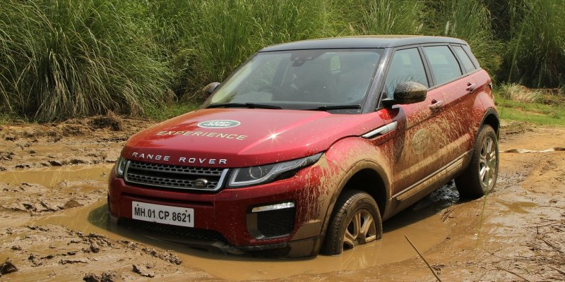 Noida gets Taste of Land Rover Above and Beyond Tour